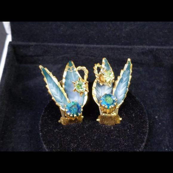Vintage Austria Gold Tone Earrings